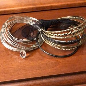 Bangle bracelets set of 2